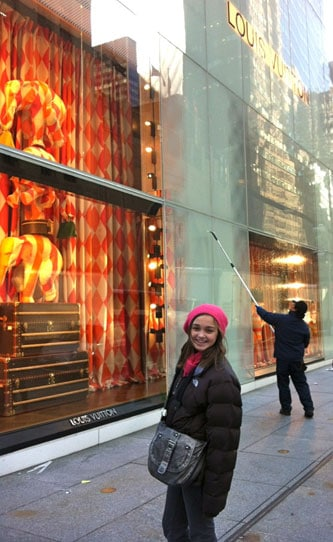 Mother-Daugher-Shopping-Tour-New-York-City